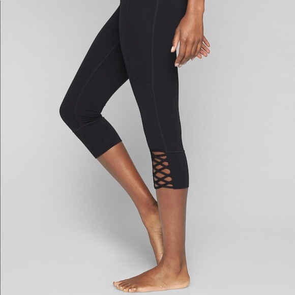 Athleta Pants - Athleta Lattice Capri
